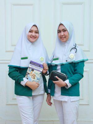 Jurnal Mahasiswa Hubungan Pelaksanaan Asuhan Ibu dengan Proses Persalinan